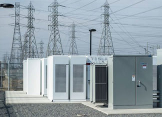 Tesla installed 100-megawatt battery in Australia
