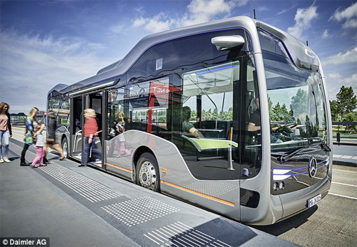 Singapore plans to add driverless buses