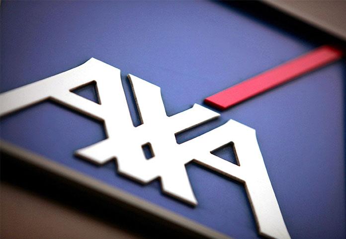 AXA acquires XL for $15 billion